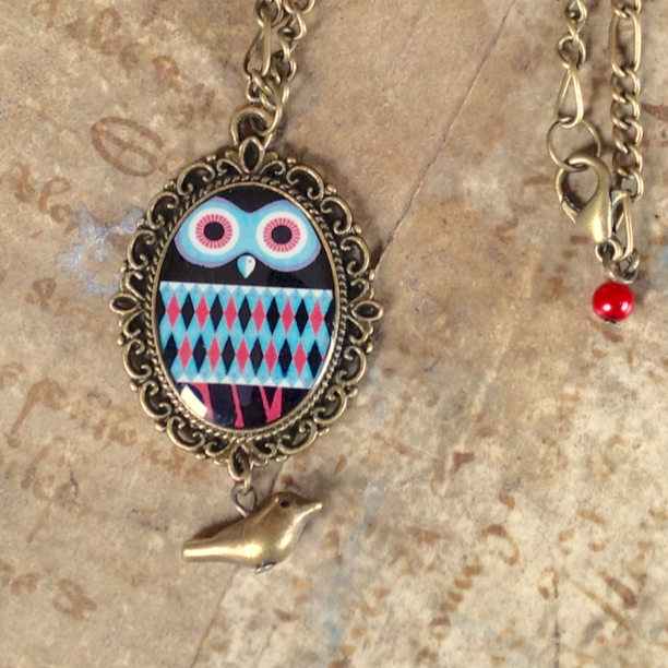 ketting grafische uil rood blauw